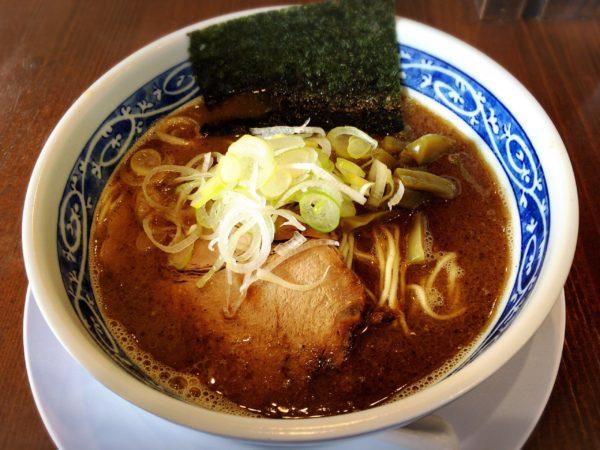 『醤油ラーメン』|麺屋 八