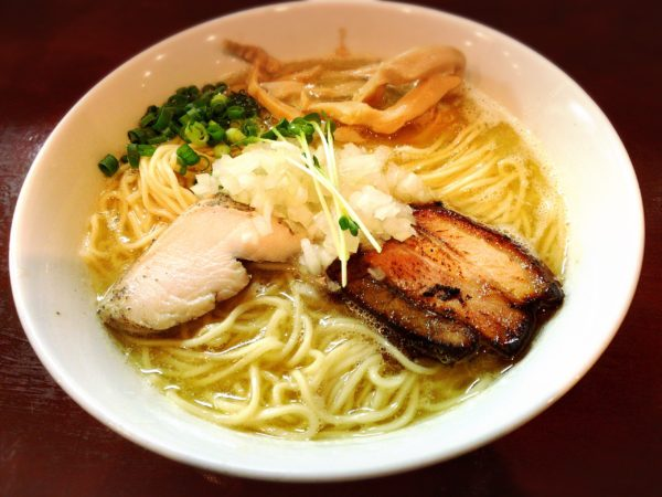 『濃厚塩鶏そば』|麺屋くがい