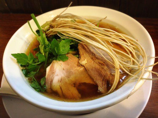 『比内地鶏のせり中華そば』|中華そば一休